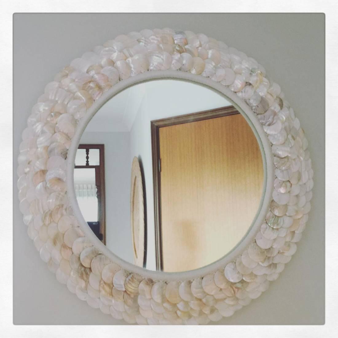 Kapung Cream Shell Mirror